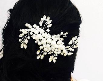 Bridal headpiece, Wedding hair accessories, Bridal adornment, Crystal pearl hair comb, White pearl comb, Silver hair comb, Bridal comb
