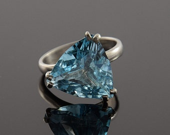 Topaz ring, Blue topaz ring, Silver topaz ring, Triangle ring, Statement ring, Coktail ring, Blue stone ring, December birthstone