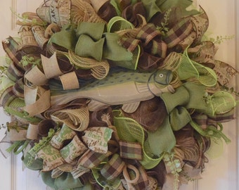 Fish Burlap and Mesh Ruffle Wreath with Foliage; Rustic Wreath; Outdoorsy Wreath; Country Primitive Wreath; Brown Beige and Green Wreath