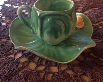 2 Kipp Ceramics 1947 leafy teacups and saucers
