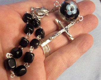 Black Finger rosary, Single Decade Rosary, Lampwork bead, Catholic, Christian, prayer beads