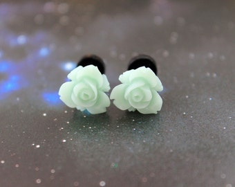 Pretty flowers plugs  gauges 3mm 8G stretched ears green pastel