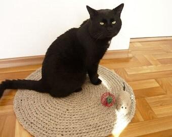 Handmade crochet pet bed, pet rug, cat basket, gift for cat lovers, travel pet bed, pet lover gifts, dog bed, cat blanket