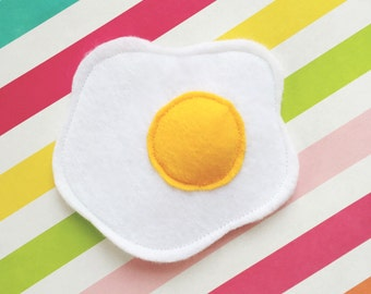 Floppy Fried Egg Cat Frisbee - Catnip Toy