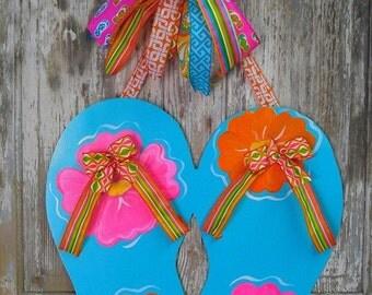 Door Hanger, Flip Flop Door Hanger with Bow, Summer Door Hanger, Beach Door Hanger