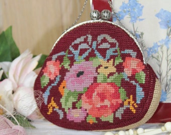 Vintage 1930's Needlepoint/Tapestry Evening Handbag/ Evening Bag/1930's/Weddings  (15P)