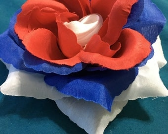 Patriotic Rose Clip