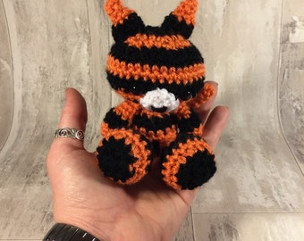 Gary the tiger small amigurumi