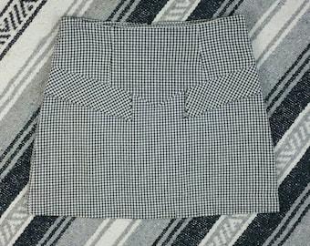 "Vintage 1990s Gingham High Waisted Skirt size M (waist 30"")"