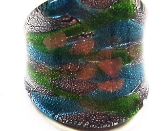 Stunning Glass Ring in Shimmering Turquoise, Green and Gold.