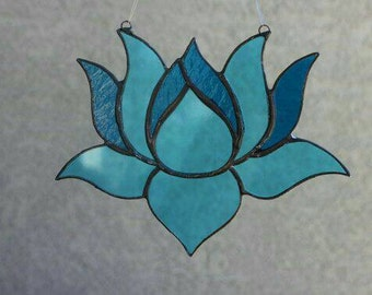 Custom : Stained Glass Lotus Flower Suncatcher.