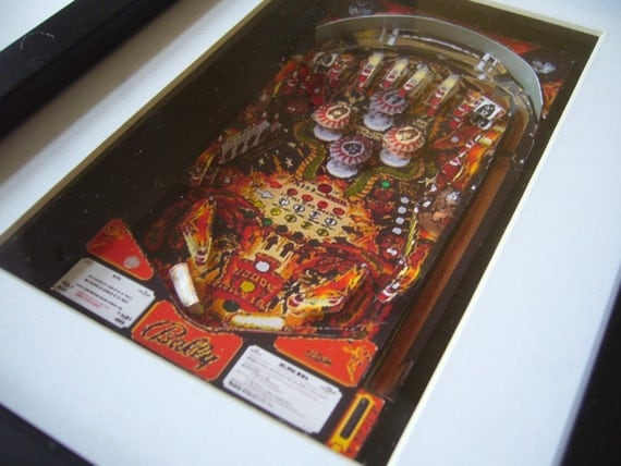 Kiss Pinball Playfield: Planetary Pinball Kiss Playfield