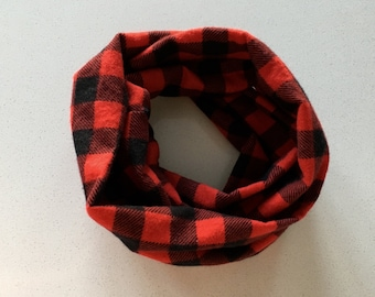 Infinity scarf soft and warm Plaid red and black