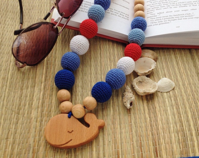 Teething necklace / Nursing necklace / Babywearing necklace - with a handmade wooden pendant - A sea smell