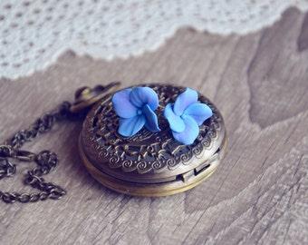 Hydrangea studs, floral earrings, floral jewelry, nature earrings, nature jewelry, flower studs, stud earrings, hydrangea jewelry studs