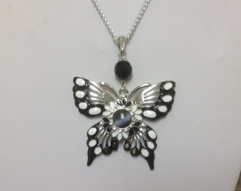 BUTTERFLY LOVERS!!! Silver, Black, White necklace...snap included....fits 18-20mm snaps