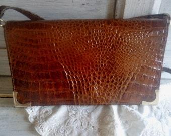 Patent leather Shoulderbag,French shoulderbag,vintage bag 80's
