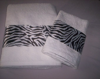 Decorative Bath Towel Set - Zebra Stripe Trim