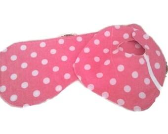 Baby Bib and Burp Cloth Set, Baby Shower Gift, Pink Polka Dots, Newborn Baby, Baby Accessory.