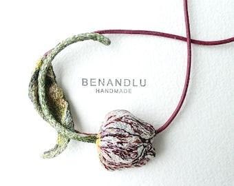 Spring Tulip Necklace