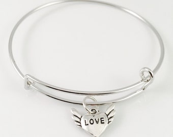 Heart with wings bangle, Adjustable bangle bracelet, Love bracelet, Valentine's Day bracelet, gift for her, in memory of bangle