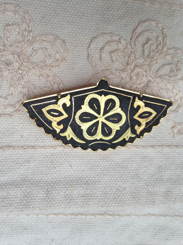 Damascene Brooch Pin spanish damascene jewelry fan brooch | 1125 x 1500 jpeg 280kB