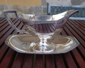 Silverplated gravy boat, homan plate on nikkel silver W.M. Mounts USA