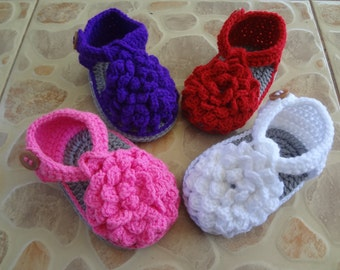 crochet babyshoes ,crochet baby  sandals , christening shoes , Newborn baby shoes,newborn Christening shoes,baby blessing shoes