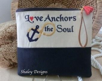 Love Anchors the Soul Makeup Bag/Anchor Makeup Bag/Bridesmaid gifts/Cosmetic Bag