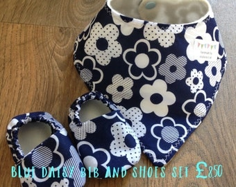 Blue Daisy Dribble bib and shoes set Baby shower gift