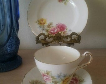 Vintage Regency English Bone China Cup, Saucer&Side Plate in Excellent condition