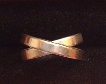 Sterling silver crisis cross ring size 6.