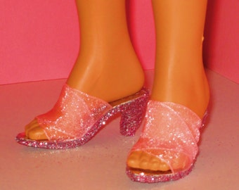 Tiffany Taylor shoes NEW PINK Shoes  Magic Hair Crissy, Ideal dolls, high heels, doll shoes doll Clothing & Accessories