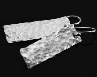 Hammered silver earrings, sterling silver bar earrings, simple modern silver earrings, minimalist silver bar earrings