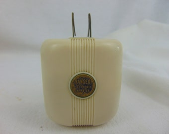 1940's Ranger Inverter for Travelling-Collectible-Vintage-Usable-Decorum