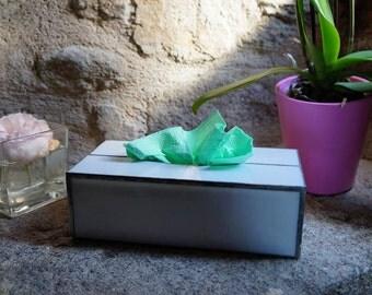 Box tissue glass
