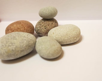 6 Round Beach Stones,beach rocks,Egg,Shaped stones,Round spherical stones,Nature Decor,Craft Supplies,Small beach stones,Beach Wedding Decor