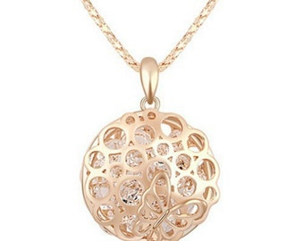 Gold Hollow Out Round Necklace With Butterfly