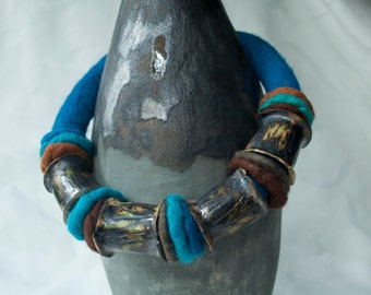 Ceramic-felt necklace, blue turquoise merino wool, beauteous colors