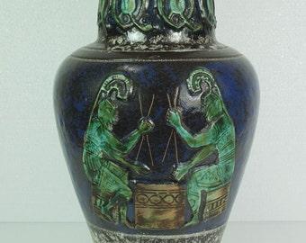 west german pottery VASE floorvase walter gerhards kg 1020-40 relief decor