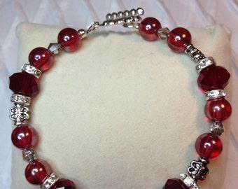 Red Baubles Bracelet