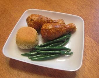 """Chicken dinner plate for 18""""/American Girl Dolls"""
