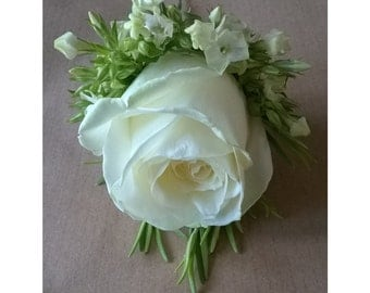 Buttonhole - Country Rose Buttonhole - Fresh/Real Flowers