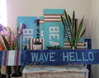 Wave Hello Sign