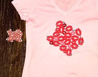 Texas Multi Kisses Pink V-neck T-shirt