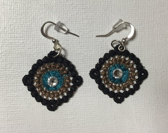 Small Round Earrings
