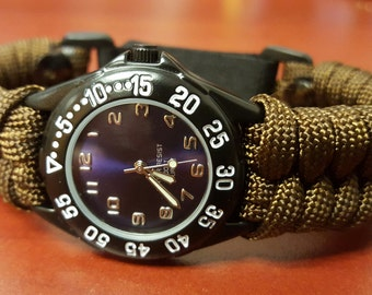 adjustable paracord watch with fishtail band