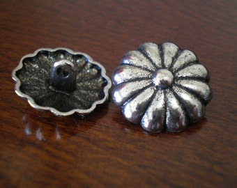 "3 - Cactus Flower Metal Buttons with Shank 3/4"" (20mm)"