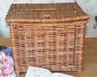 Vintage Fishing Wicker/Reed Creel/Fishing Basket/Fishing Creel/Wicker Storage/SALE (Ref1)