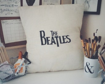 The Beatles logo cushion cover in size 50x50cm